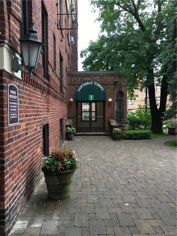 1 Columbia Avenue Aa, Hartsdale, NY 10530 (MLS #4904659) :: Mark Boyland Real Estate Team