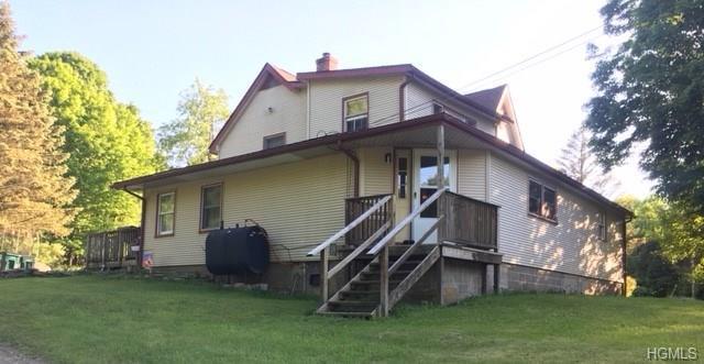 721 Milton Turnpike, Highland, NY 12528 (MLS #4904679) :: Mark Boyland Real Estate Team