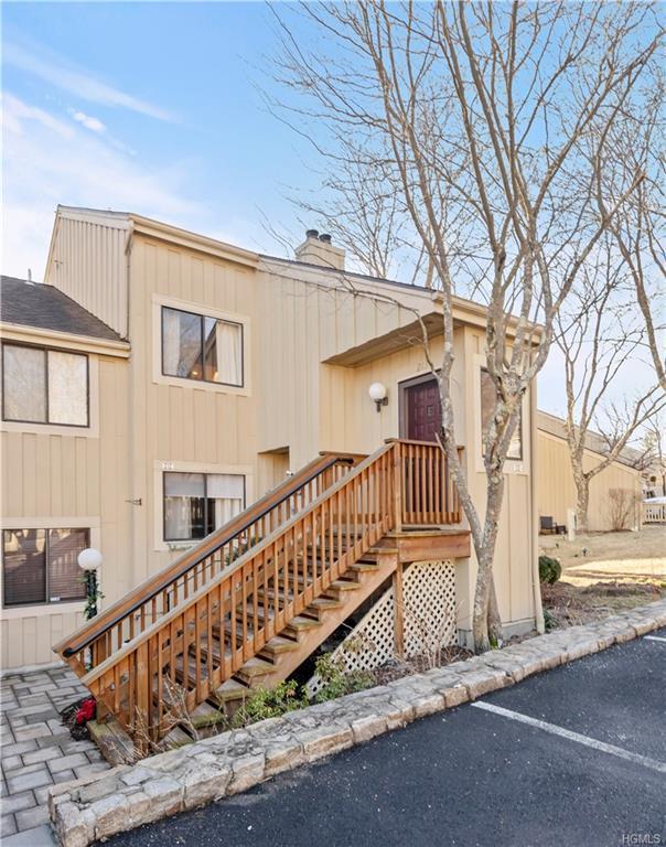 213 Lakeside Drive, South Salem, NY 10590 (MLS #4904953) :: Mark Boyland Real Estate Team