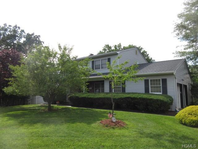 5 Blithe Court, Valley Cottage, NY 10989 (MLS #4905153) :: William Raveis Baer & McIntosh