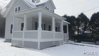 1676 Main Street, Pleasant Valley, NY 12569 (MLS #4905433) :: William Raveis Baer & McIntosh