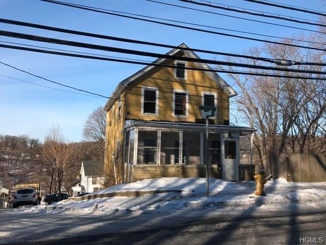 1600 Crompond Road, Peekskill, NY 10566 (MLS #4905441) :: Mark Boyland Real Estate Team