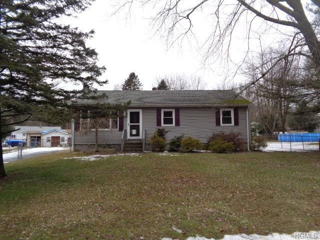6 Oak Circle, Westbrookville, NY 10940 (MLS #4905869) :: Shares of New York