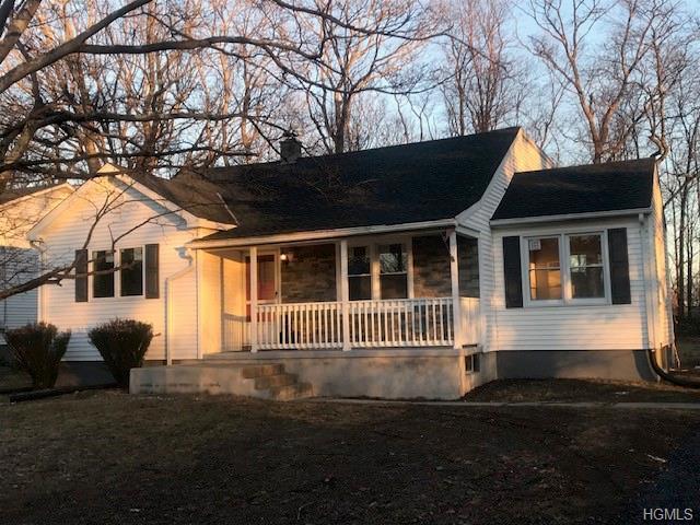 16 Round Lake Avenue, Monroe, NY 10950 (MLS #4905875) :: Stevens Realty Group