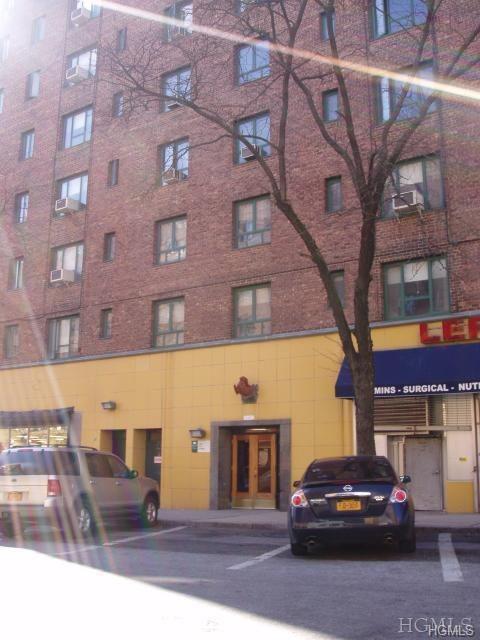 1439 East Avenue 1B, Bronx, NY 10462 (MLS #4906002) :: Stevens Realty Group