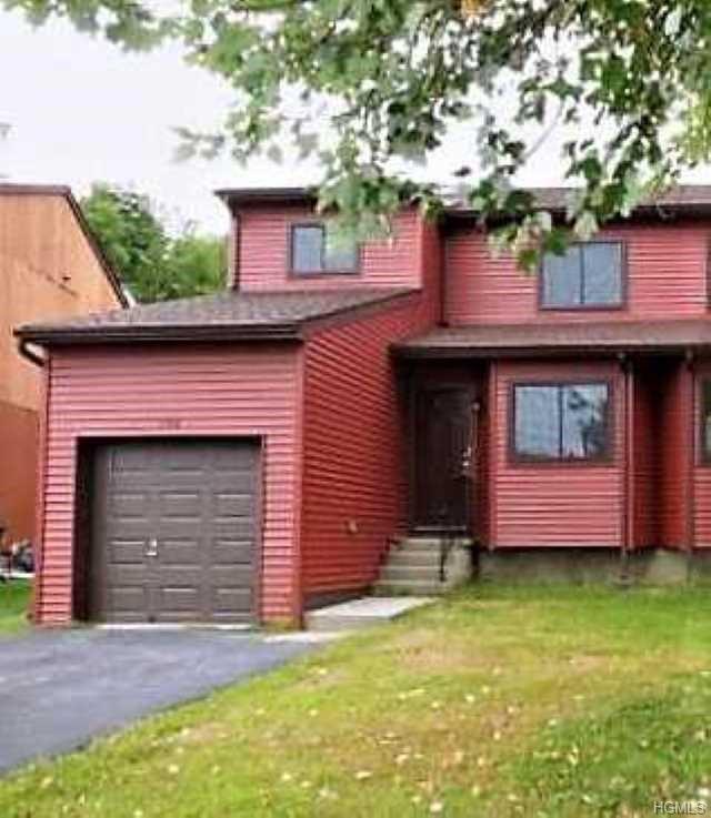196 Sterling Place, Highland, NY 12528 (MLS #4906279) :: Mark Boyland Real Estate Team