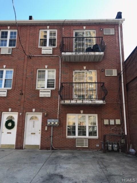 924 Fteley Avenue, Bronx, NY 10473 (MLS #4908488) :: Mark Boyland Real Estate Team