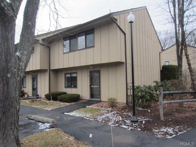 60 Hudson Heights Drive, Poughkeepsie, NY 12601 (MLS #4908543) :: The McGovern Caplicki Team