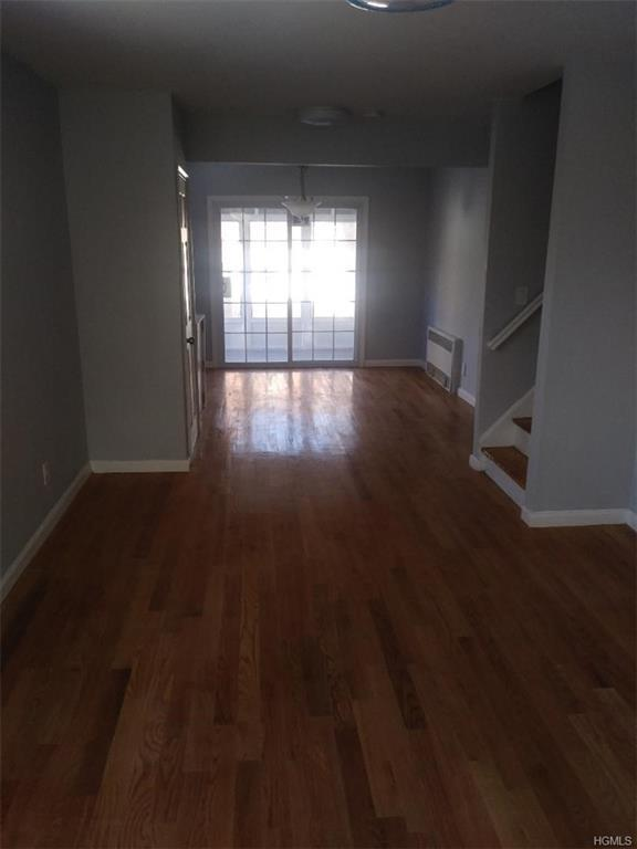 3926 Ely Avenue, Bronx, NY 10466 (MLS #4908811) :: Mark Boyland Real Estate Team