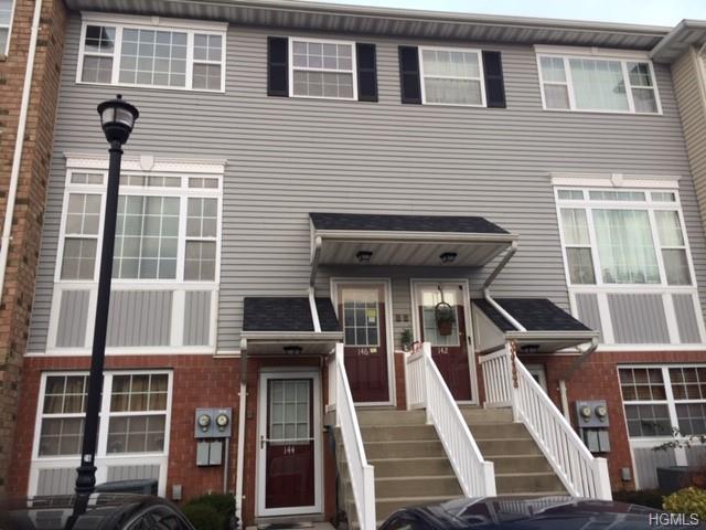 146 Heron Lane, Bronx, NY 10473 (MLS #4909974) :: Mark Boyland Real Estate Team