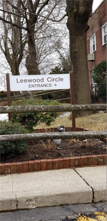 10 Leewood Circle 4L, Eastchester, NY 10709 (MLS #4911431) :: Mark Boyland Real Estate Team