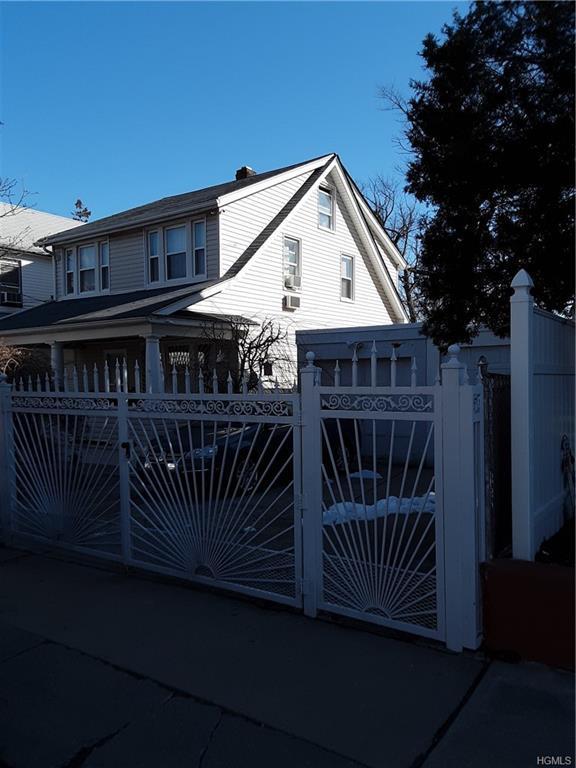 3970 Amundson Avenue, Bronx, NY 10466 (MLS #4913844) :: Shares of New York