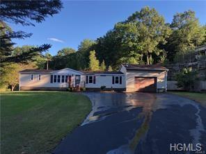 774 Oak Ridge Road, Ellenville, NY 12428 (MLS #4914596) :: Mark Seiden Real Estate Team
