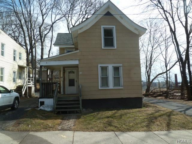 10 Harding Street, Middletown, NY 10940 (MLS #4916080) :: Marciano Team at Keller Williams NY Realty