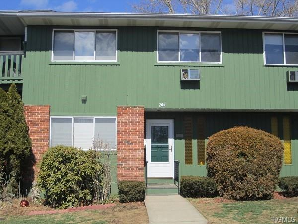 206 Coachlight Square, Montrose, NY 10548 (MLS #4917781) :: Shares of New York