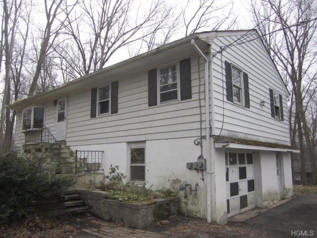 2 Connors Road, Greenwood Lake, NY 10941 (MLS #4921809) :: William Raveis Baer & McIntosh