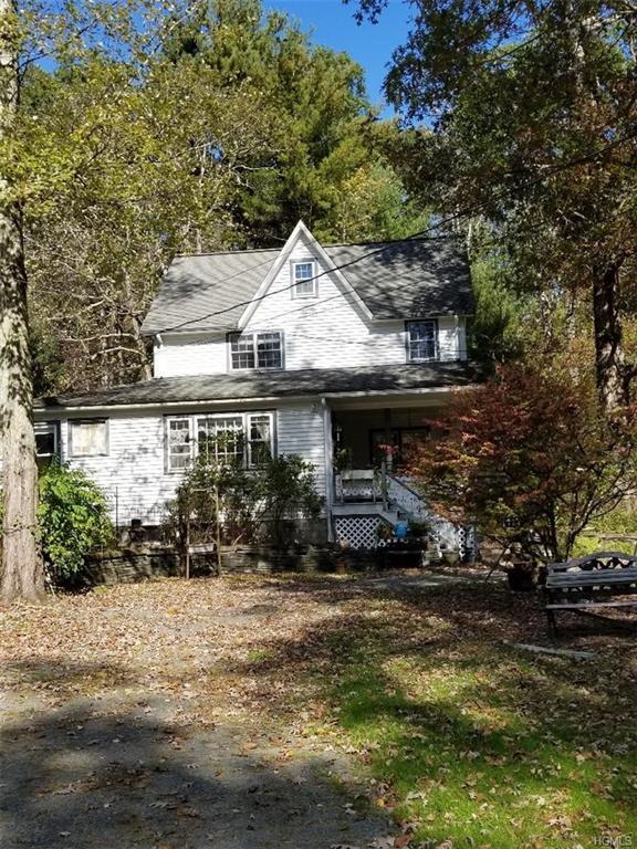 107 Sparrow Lane, Shohola, PA 18458 (MLS #4923079) :: William Raveis Legends Realty Group