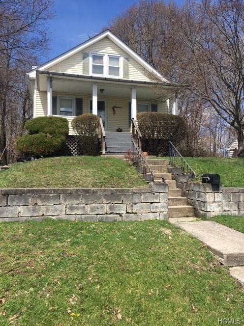 11 Richmond Place, Middletown, NY 10940 (MLS #4923306) :: The McGovern Caplicki Team