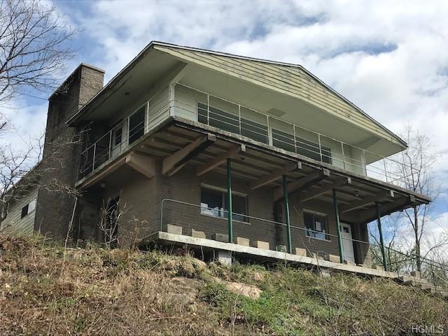 8 Nethermont Avenue, White Plains, NY 10603 (MLS #4923612) :: Mark Boyland Real Estate Team