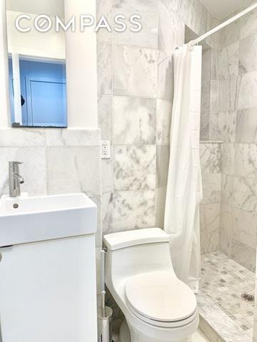 221 W 16th Street Gr1, New York, NY 10011 (MLS #4924139) :: Mark Boyland Real Estate Team