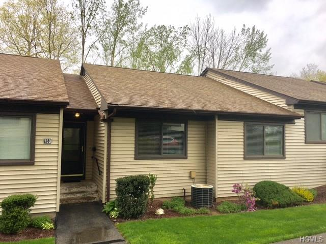 75B Independence Court, Yorktown Heights, NY 10598 (MLS #4926712) :: William Raveis Legends Realty Group