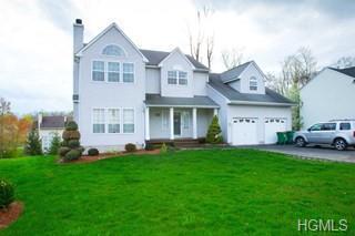 1 Acorn Court, Wappingers Falls, NY 12590 (MLS #4926919) :: Mark Boyland Real Estate Team
