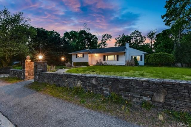 47 Huntville Road, Katonah, NY 10536 (MLS #4930633) :: Mark Boyland Real Estate Team