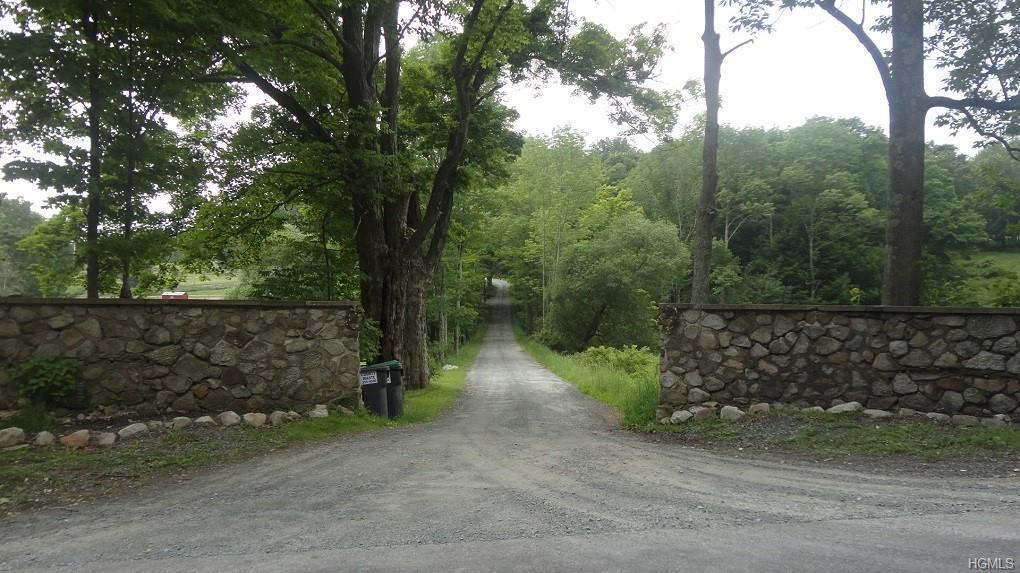 Inn Road - Photo 1