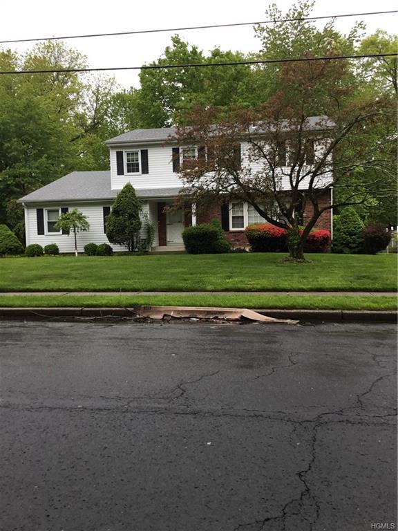 33 Christopher Drive, New City, NY 10956 (MLS #4934004) :: Mark Boyland Real Estate Team