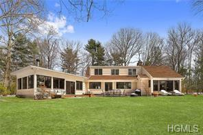 6 Algonquin Drive, Chappaqua, NY 10514 (MLS #4935287) :: Mark Boyland Real Estate Team