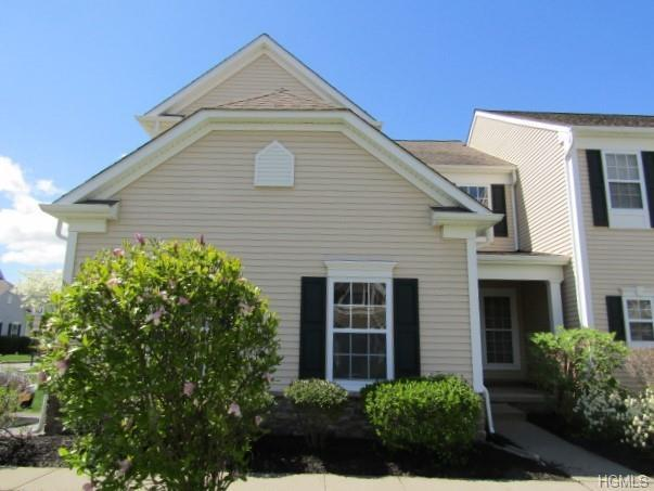 30 Banbury Way #1201, Newburgh, NY 12550 (MLS #4935289) :: Mark Boyland Real Estate Team