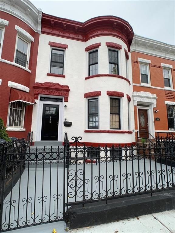 1540 St Marks Avenue, Brooklyn, NY 11233 (MLS #4940036) :: William Raveis Legends Realty Group