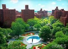 1550 Unionport Road 6E, Bronx, NY 10462 (MLS #4957069) :: Mark Boyland Real Estate Team