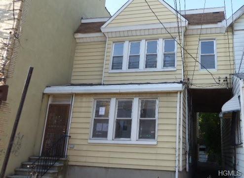 751 E 223rd Street, Bronx, NY 10466 (MLS #4957453) :: Shares of New York