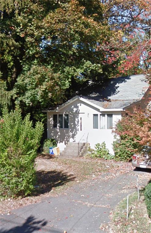 7 Locust Street, Spring Valley, NY 10977 (MLS #4977907) :: Mark Boyland Real Estate Team