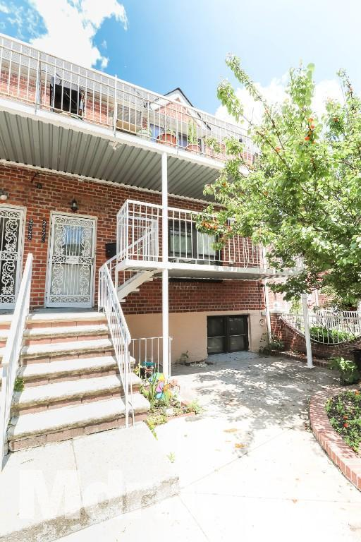 20-20 23rd Street, Astoria, NY 11105 (MLS #4984289) :: William Raveis Legends Realty Group