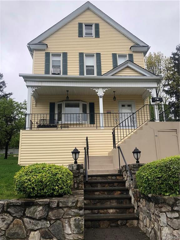 35 Rosehill Terrace, Yonkers, NY 10703 (MLS #4984669) :: The McGovern Caplicki Team