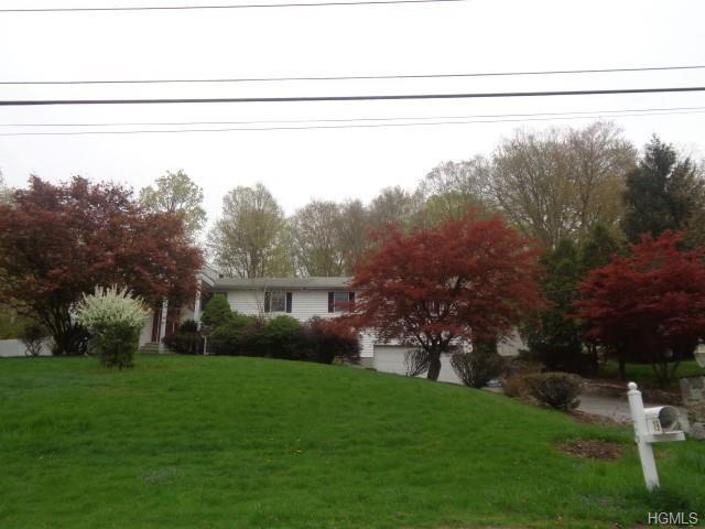 19 Avery Road, Carmel, NY 10512 (MLS #4990628) :: William Raveis Legends Realty Group