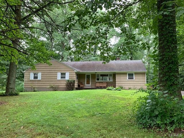2823 Hedwig Drive, Yorktown Heights, NY 10598 (MLS #4993414) :: Mark Boyland Real Estate Team