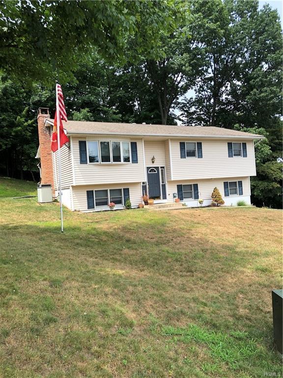 10 Phyllis Circle, Garnerville, NY 10923 (MLS #4994741) :: Mark Boyland Real Estate Team