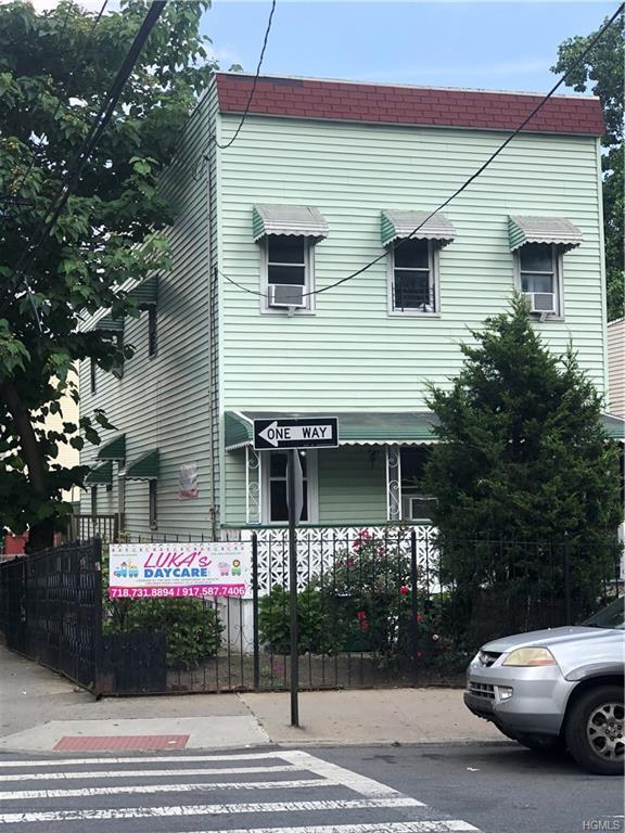 2080 Anthony Avenue, Bronx, NY 10457 (MLS #4995430) :: Mark Boyland Real Estate Team