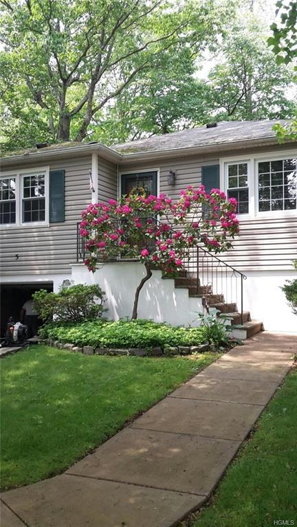 5 Sunset Lane, Hartsdale, NY 10530 (MLS #4996506) :: The Anthony G Team