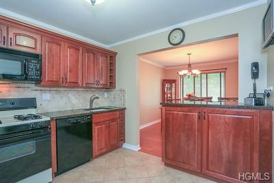 379 Country Club Lane, Pomona, NY 10970 (MLS #4997029) :: Mark Boyland Real Estate Team