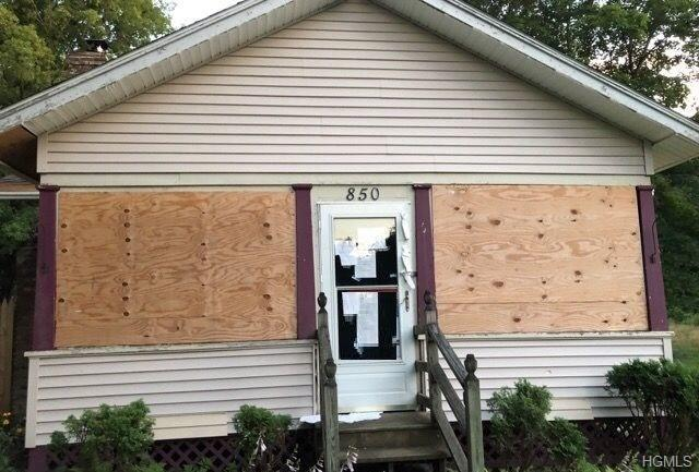 850 Lucas Avenue, Hurley, NY 12443 (MLS #5011533) :: Mark Seiden Real Estate Team