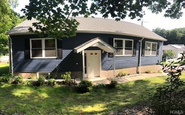55 Sears Avenue, Elmsford, NY 10523 (MLS #5015350) :: Mark Boyland Real Estate Team