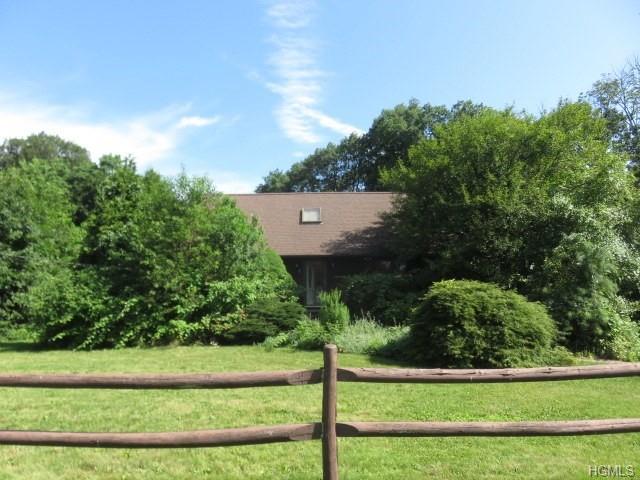 3 Parkway Drive, New City, NY 10956 (MLS #5021674) :: Mark Boyland Real Estate Team