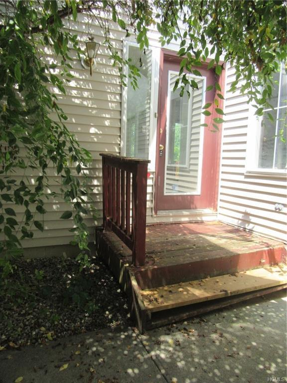 24 Skidmore Road, Poughquag, NY 12570 (MLS #5023796) :: Mark Boyland Real Estate Team