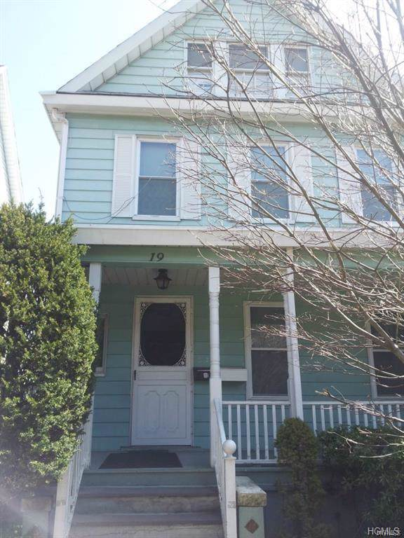 19 Hickory Street, New Rochelle, NY 10805 (MLS #5096998) :: Mark Boyland Real Estate Team