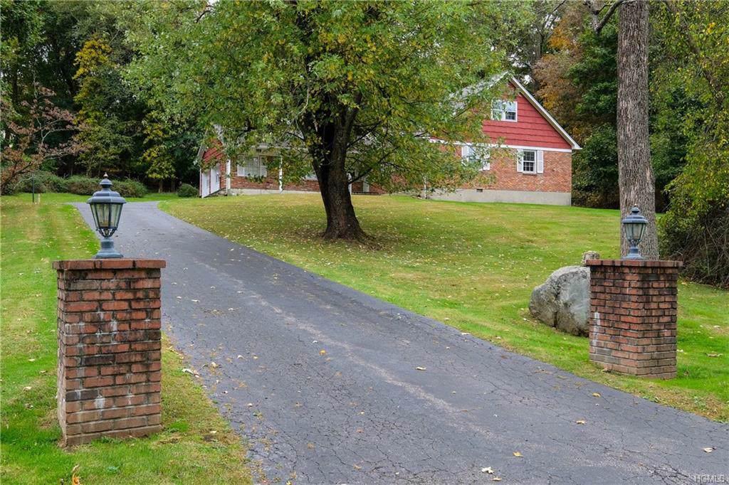 15 Whitlaw Lane - Photo 1