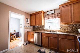 19 Claudia Lane, Poughkeepsie, NY 12603 (MLS #5098265) :: Marciano Team at Keller Williams NY Realty